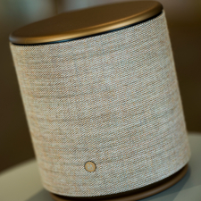BeoPlay M5 - Bronze Tone