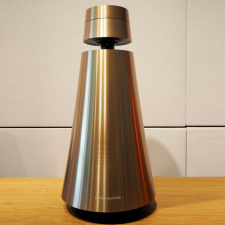BeoSound 1, Brass Tone - med Google Assistant