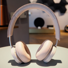 BeoPlay H8i, pink